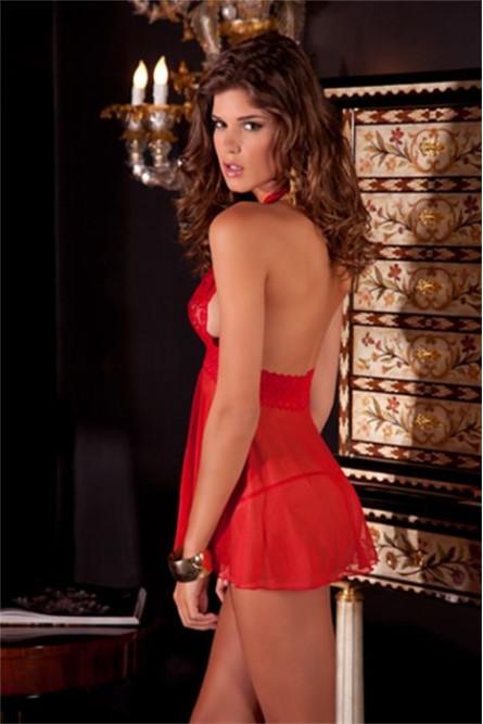 Красная сорочка с кружевным лифом