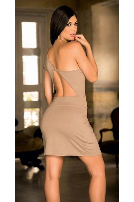 Элегантное бежевое платье