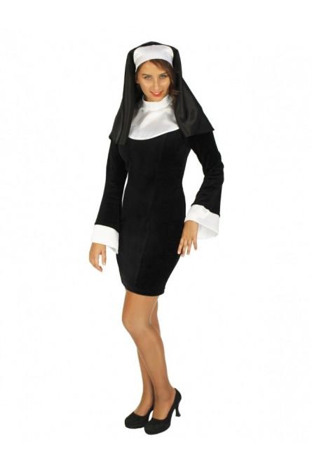 Изящный костюм монашки