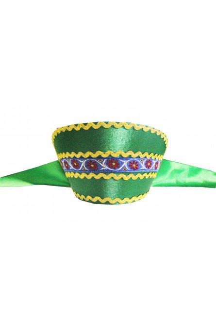 Зеленый кокошник с синей тесьмой