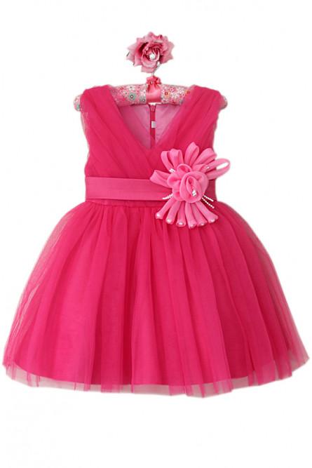 Платье цвета фуксии