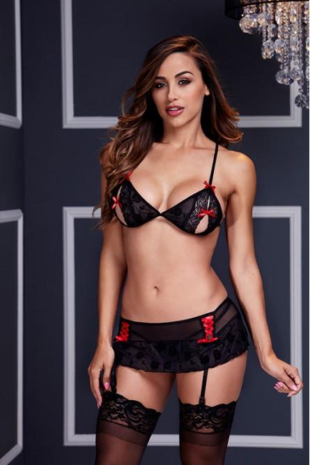 Черно-красный комплект белья