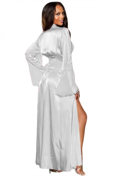 Длинный белый халат