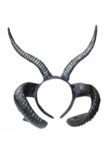Двойные черные рога