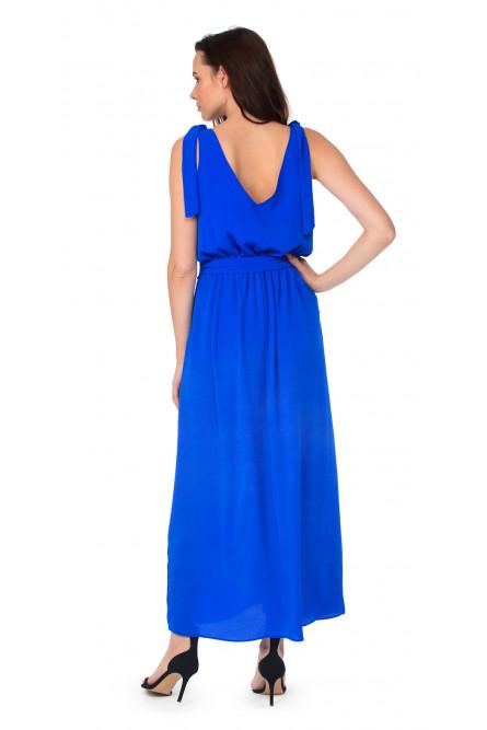 Синее трикотажное платье на бретельках
