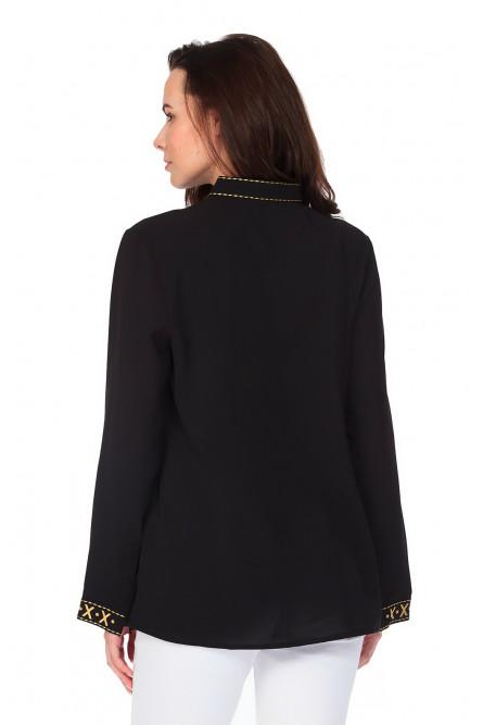 Черная рубашка с бохо вышивкой