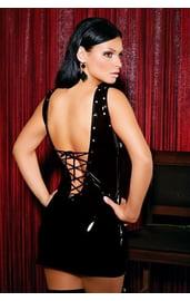 Черное виниловое платье на шнуровке