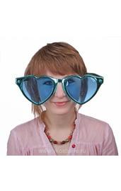 Гигантские очки сердечки