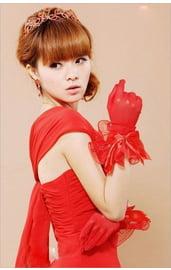 Перчатки красные с бантиком