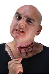 Порез на шею от ножа