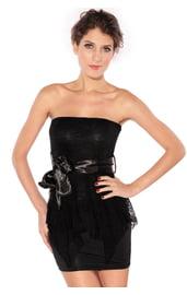 Платье черное с кружевной баской