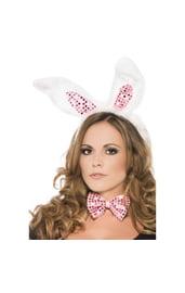 Уши и галстук-бабочка кролика