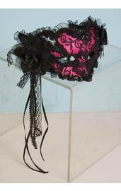 Розовая ажурная венецианская маска