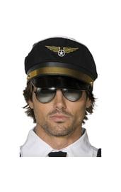 Черная фуражка пилота