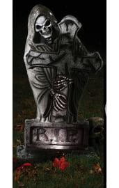 Готическое надгробие Смерть с крестом