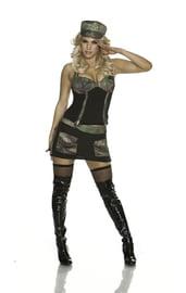 Камуфляжный костюм милой военной