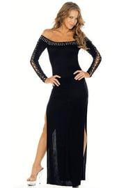 Длинное платье с открытыми плечами