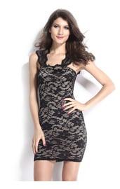 Кружевное темное платье