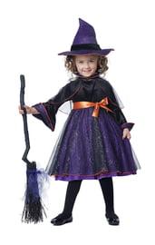 Фиолетовый костюм маленькой ведьмочки