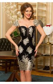 Черное платье с золотой вышивкой