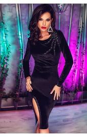 Черное платье с кружевным вырезом