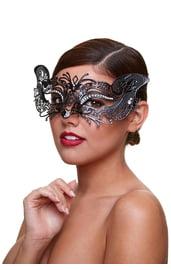Металлическая маска бабочка