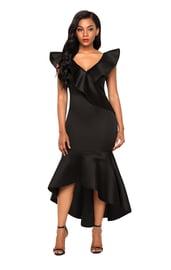 Черное платье с воланами