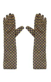Золотые перчатки с чешуей