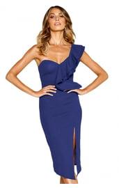 Синее ассиметричное платье с вырезом