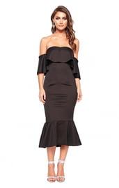 Черное стильное платье с воланами