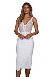 Белое платье с кружевным топом