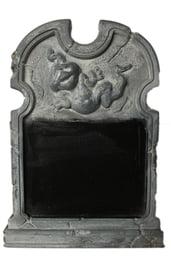 Надгробие с доской