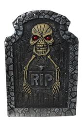 Надгробие Скелет с руками
