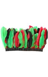 Головной убор индейца с красно-зелеными перьями