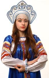 Белый кокошник Фантазия в серебре с синим