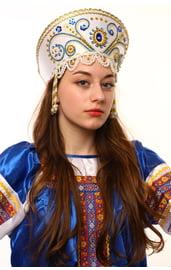 Белый кокошник Княжна в золоте с синим
