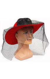 Красная шляпа с вуалью