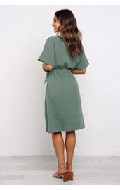 Платье миди с рукавами кимоно