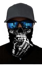 Черная бандана с принтом курящего скелета