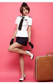 Стюардесса военного самолёта