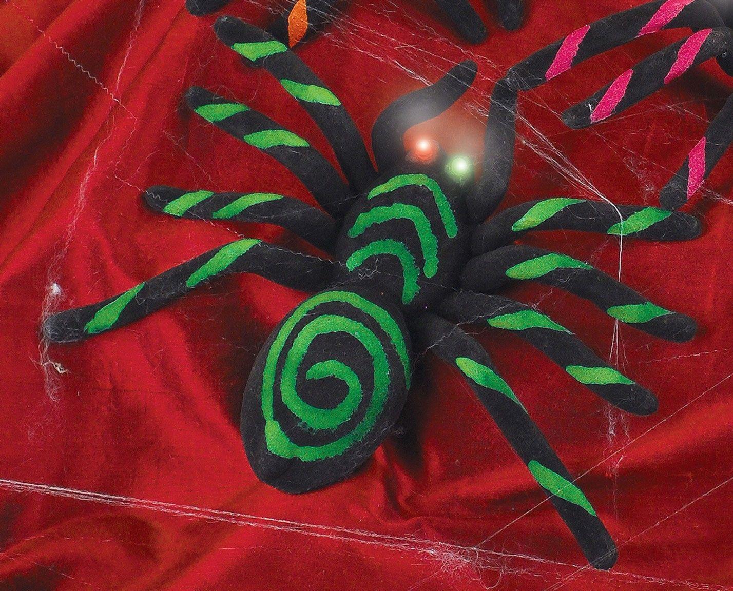 Показать картинку черного паука с зелеными глазами сотворения
