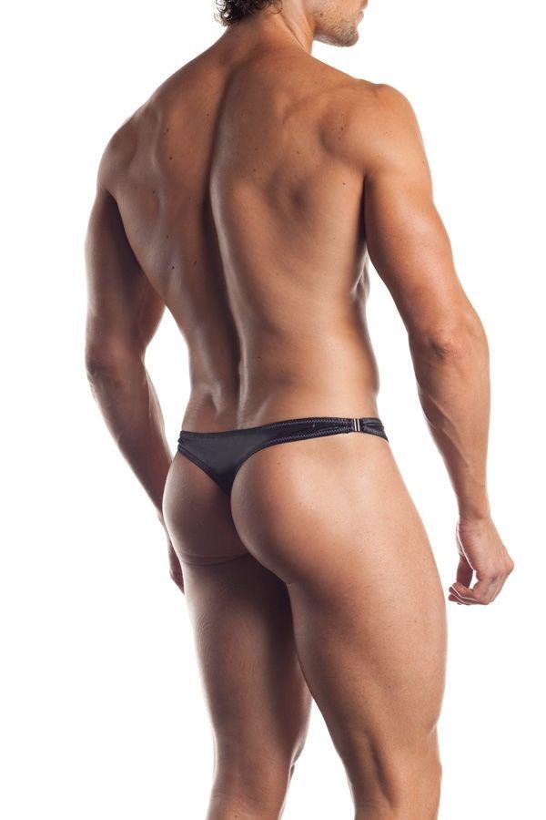 thong-men-naked